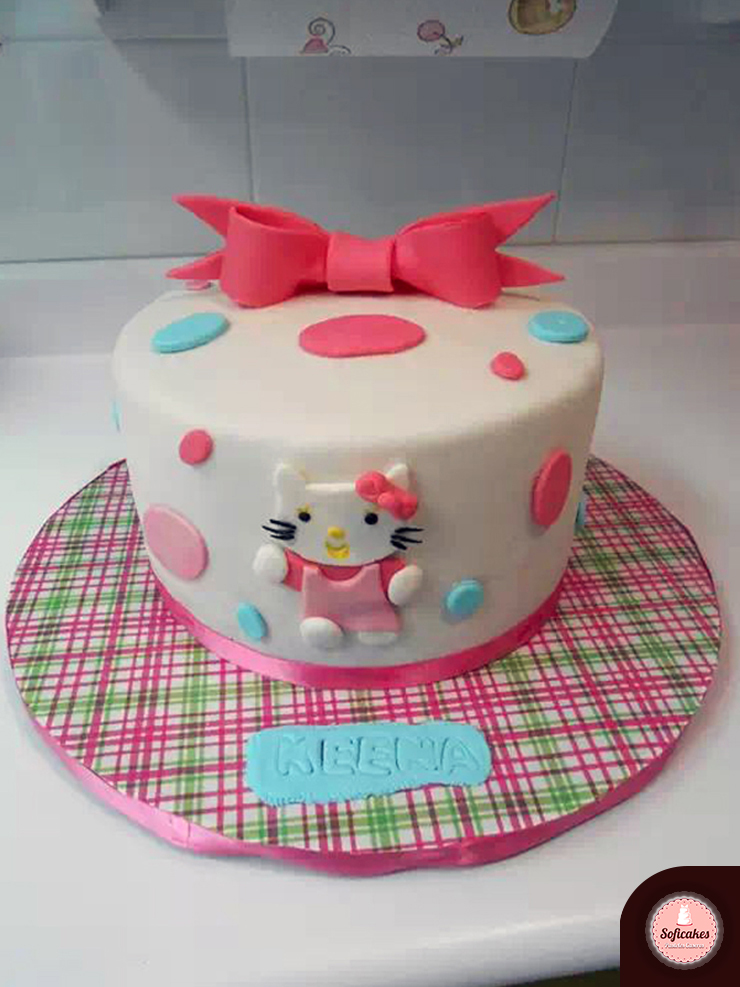 pastel-fondant-hello-kitty_b